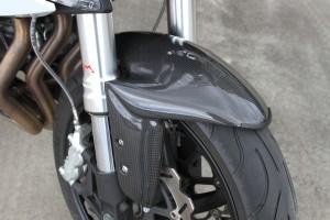 BikeReview BenelliTnT899 Det 3