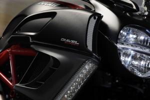 2014 Ducati Diavel BikeReview (16)