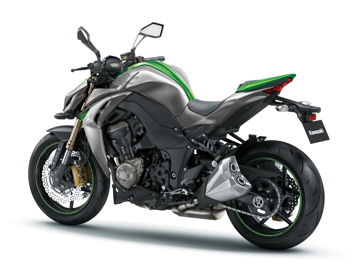 review 2014 kawasaki z1000 bike review. Black Bedroom Furniture Sets. Home Design Ideas