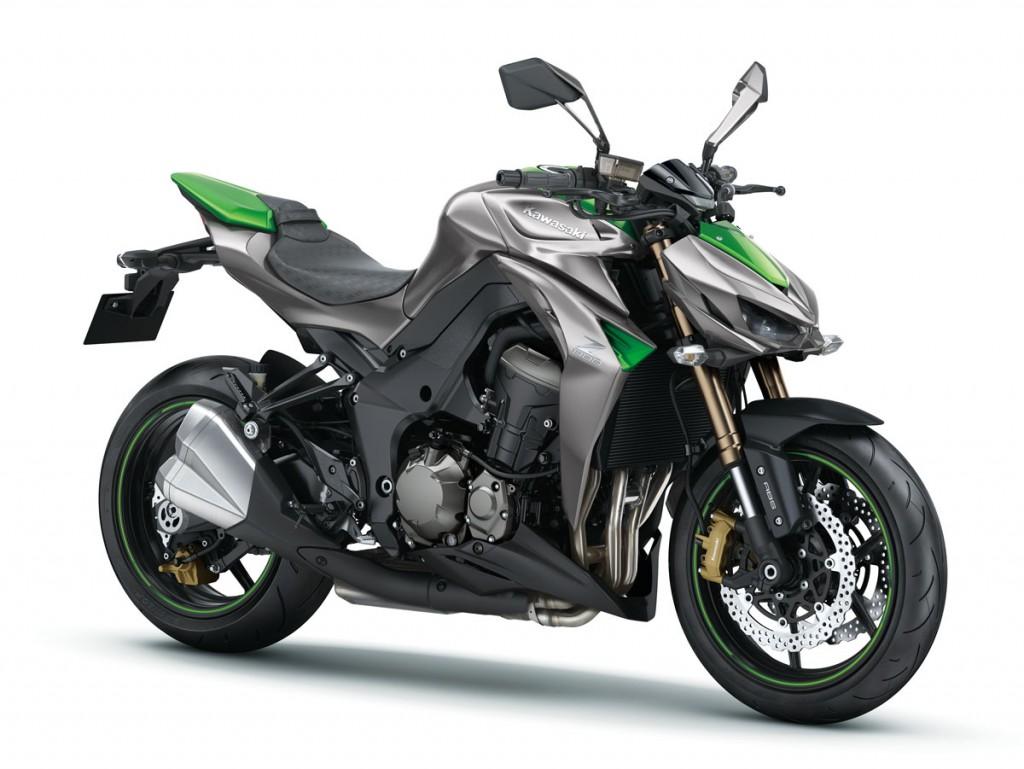 2014 Kawasaki Z1000 BikeReview (3)