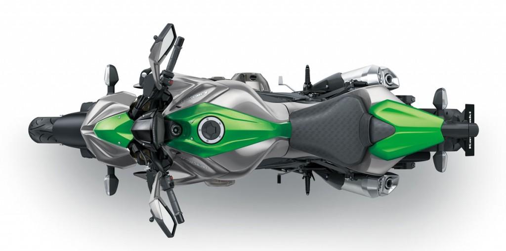 2014 Kawasaki Z1000 BikeReview (4)