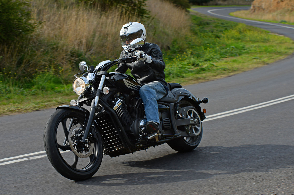 Review 2014 yamaha stryker launch bike review for 2017 yamaha stryker review
