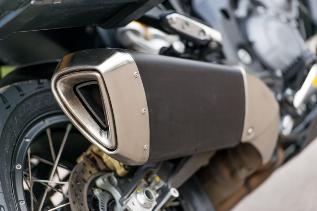 Stylish stainless-steel two-into-one exhaust
