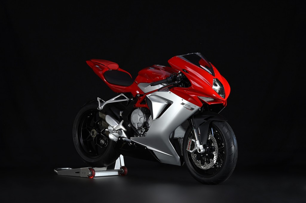 review 2015 mv agusta f3 800 bike review. Black Bedroom Furniture Sets. Home Design Ideas