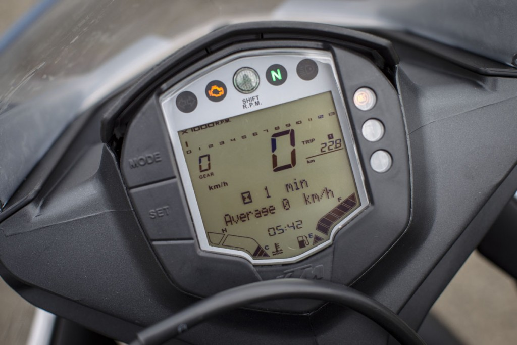 2015_KTM_RC_390_Details 6