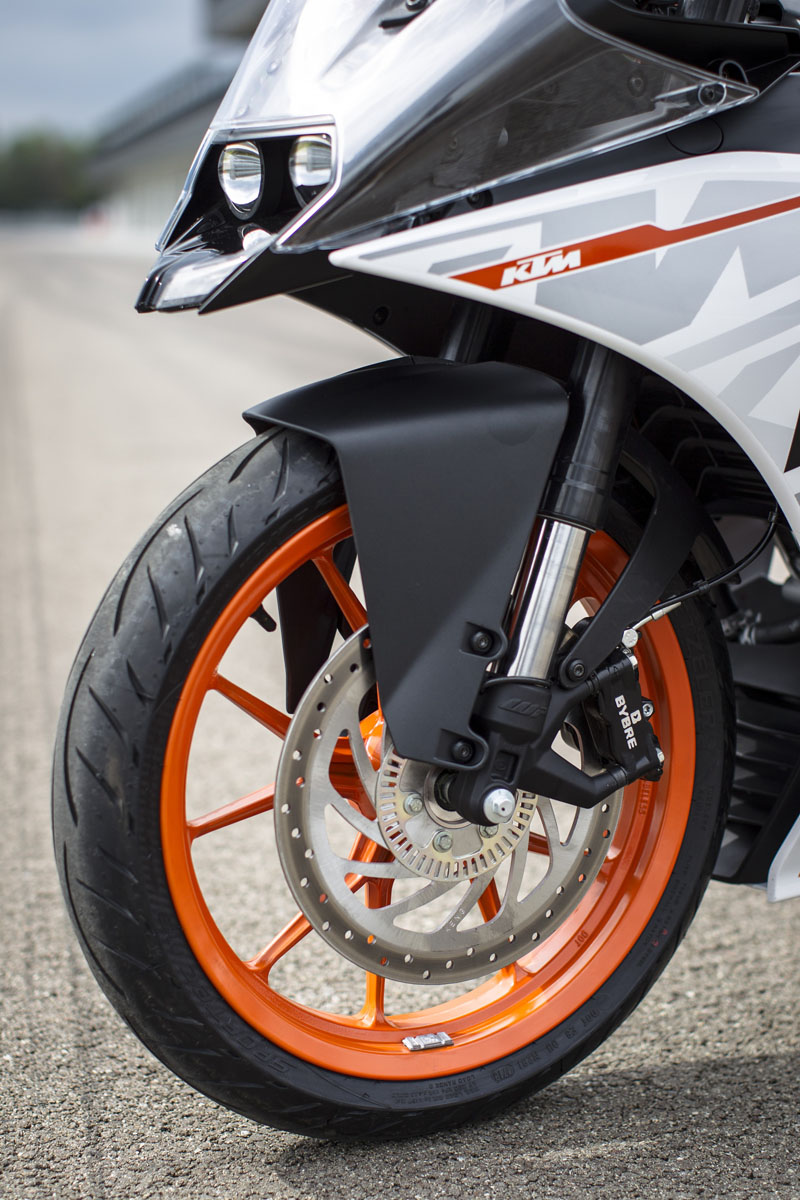 Review 2015 Ktm Rc 390 Bike Review