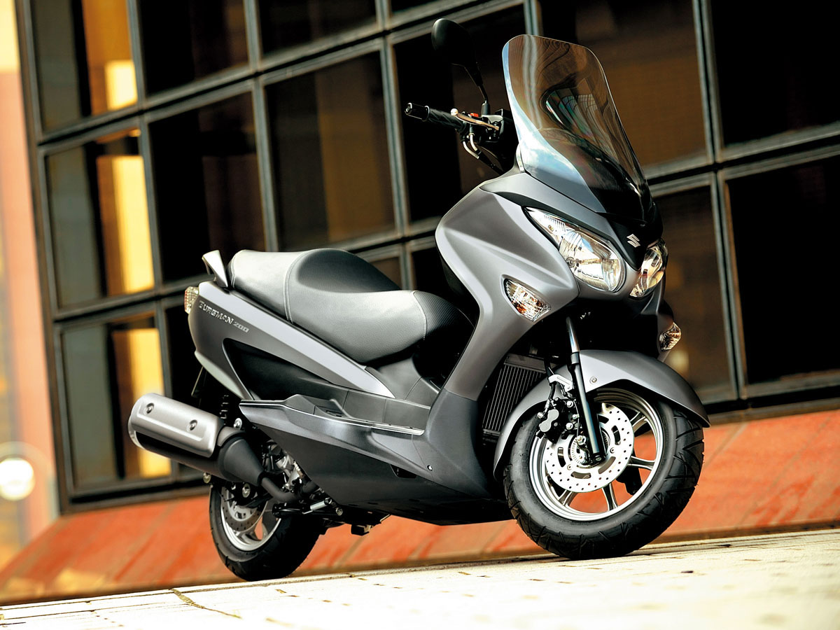 review 2015 suzuki burgman 200 bike review. Black Bedroom Furniture Sets. Home Design Ideas