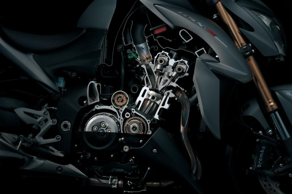 Bike Review GSX-S1000 Suzuki20130830_0054