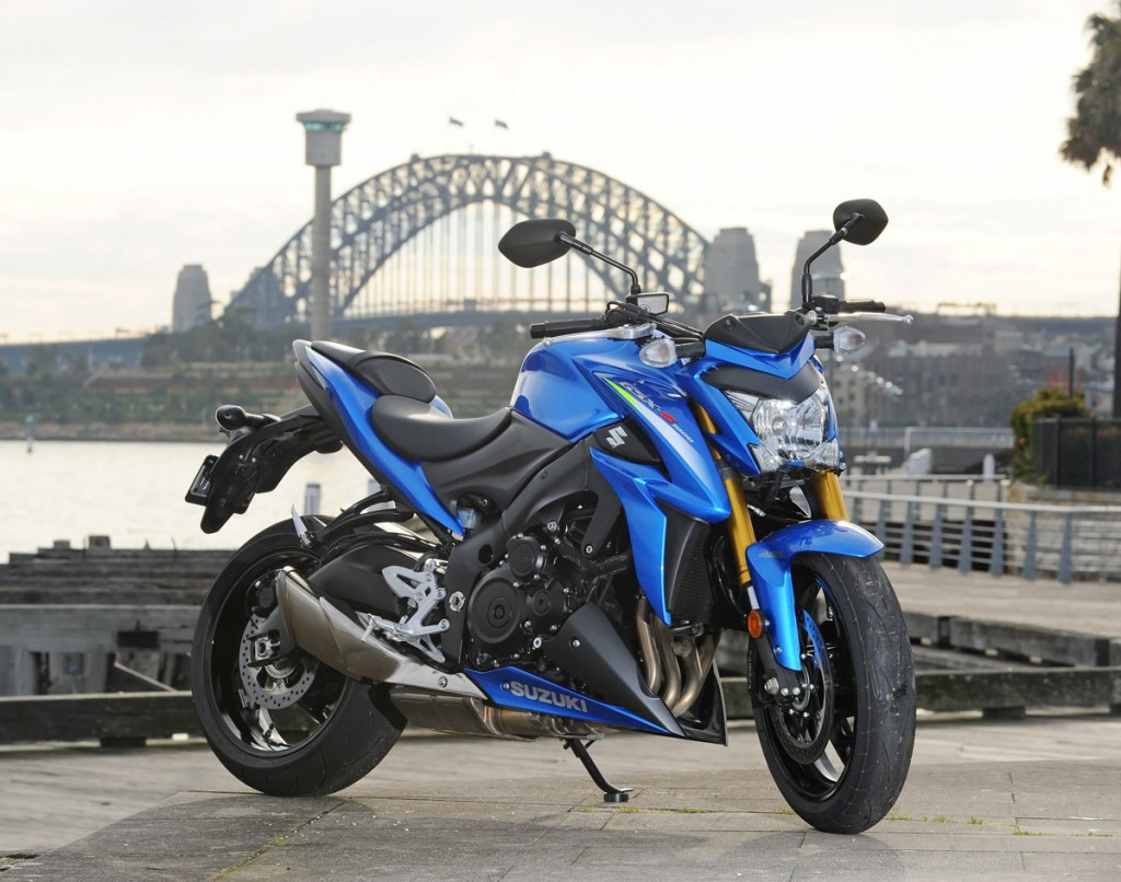 Bike Review GSX-S1000 Suzuki20150827_0035
