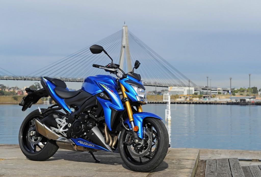 Bike Review GSX-S1000 Suzuki20150827_0042