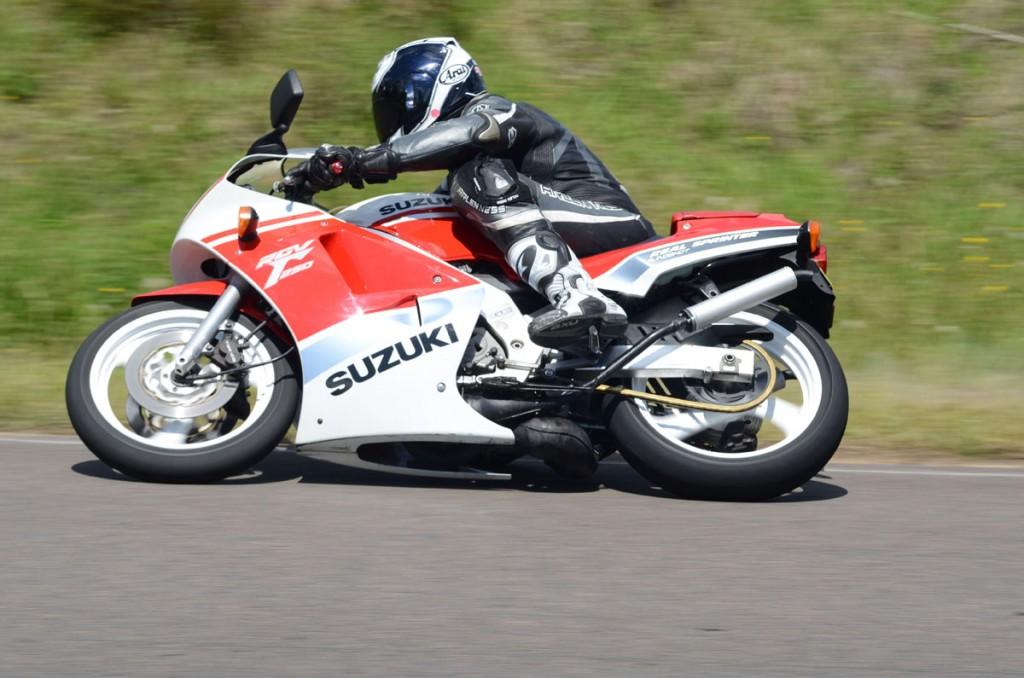 Bike Review RGV v NSR 20121213_0026
