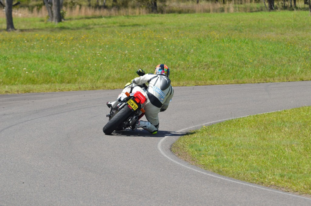 Bike Review RGV v NSR 20121213_0030