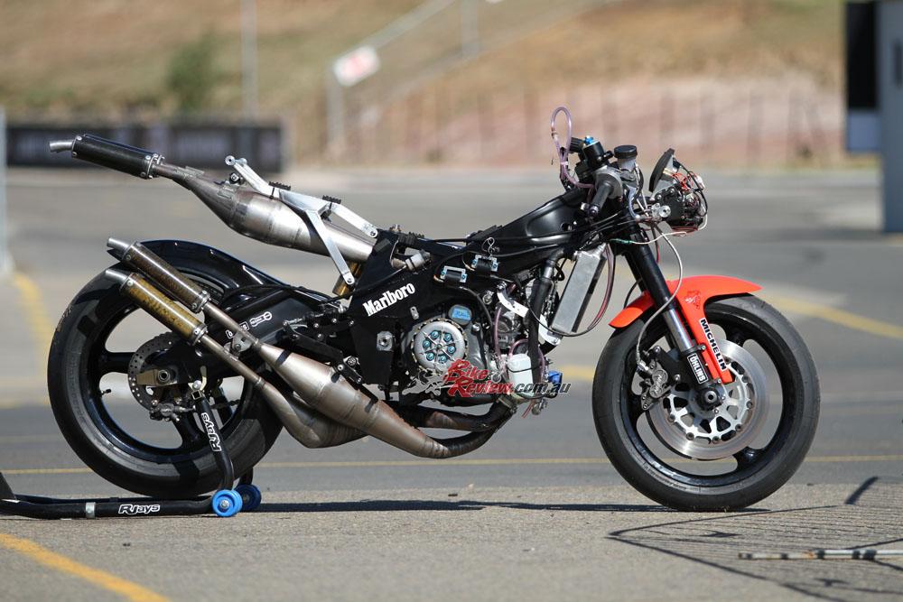 Bike Review YZR500 Rainey20150810_0133