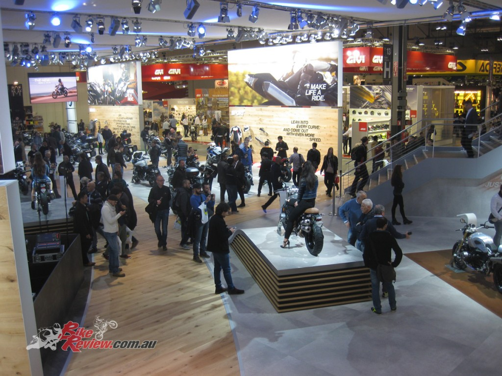 EICMA-2015-Bike-Review-Atmos-(3)