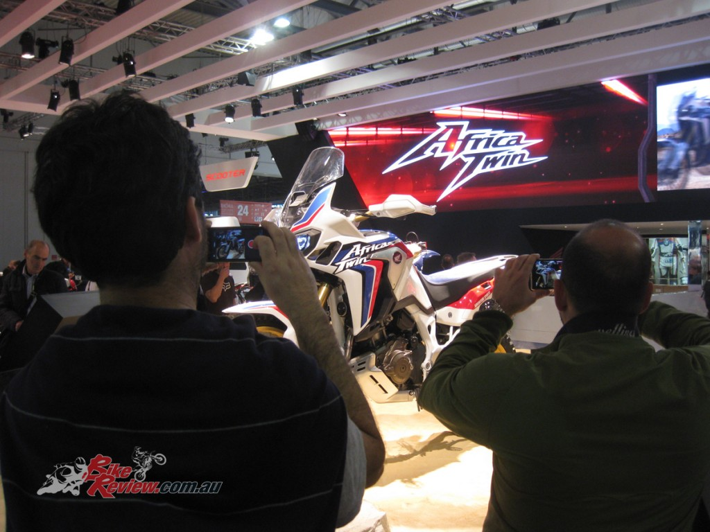 EICMA-2015-Bike-Review-Atmos-(4)
