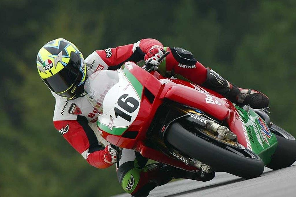 Marty Craggill makes IC comeback..pictured racing in US, Ducati, 2007