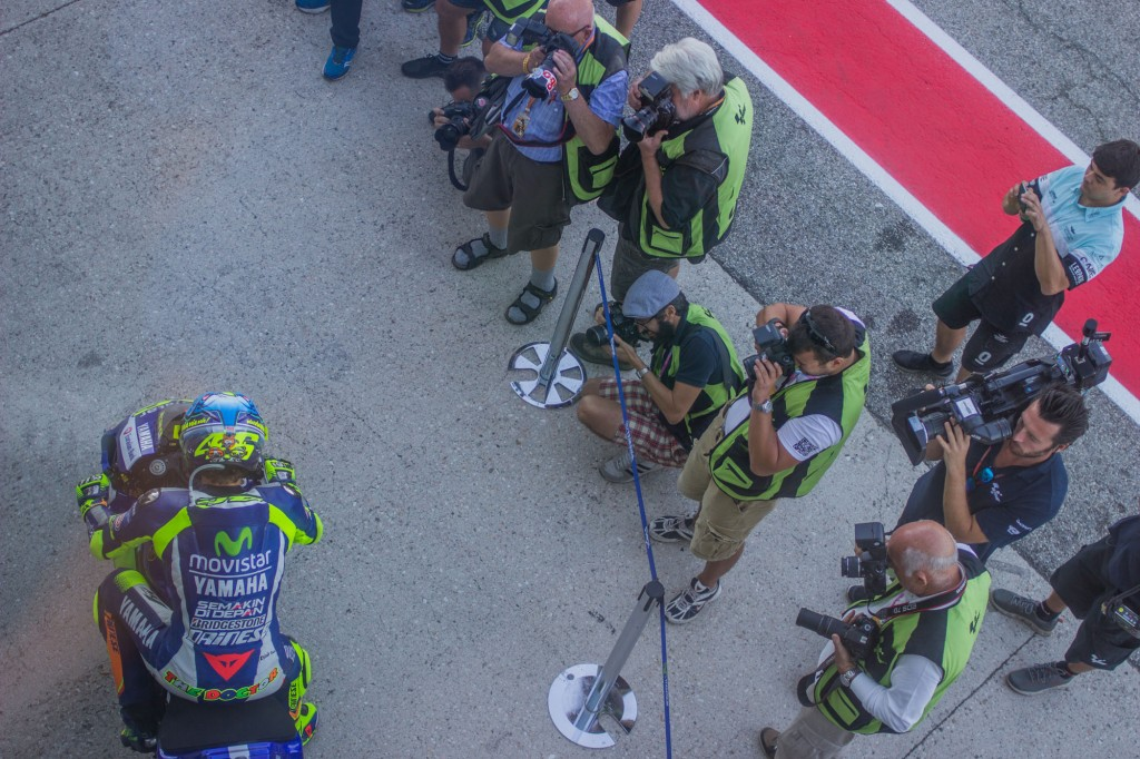 Lucky lucky people, Rossi's fans would think. No barriers between them and the local idol.
