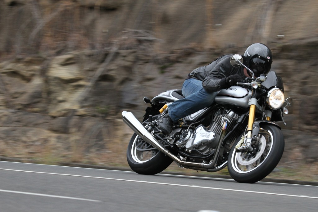 2015 Norton Commando Cafe Racer BikeReview (2)