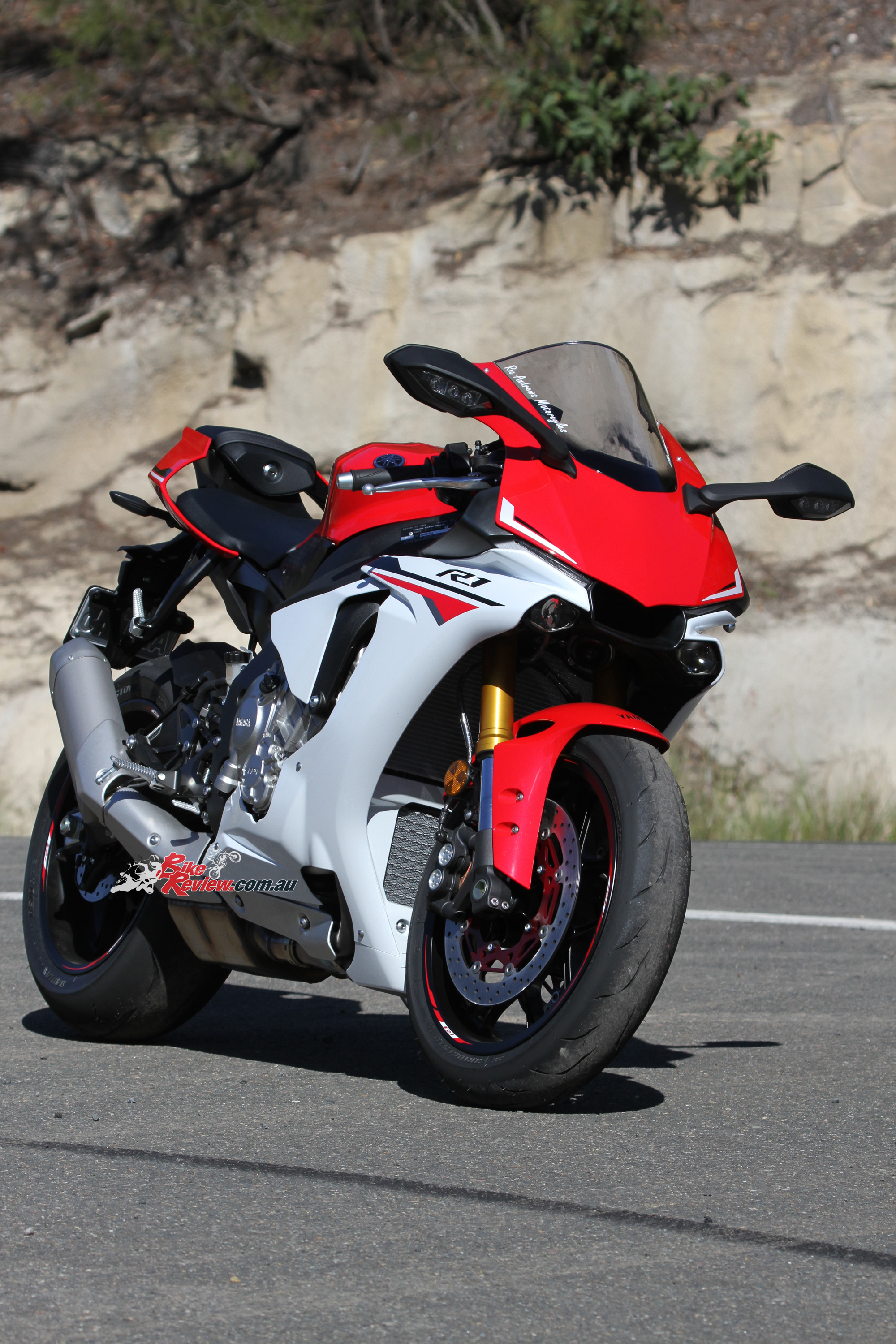 Yamaha R Red And White