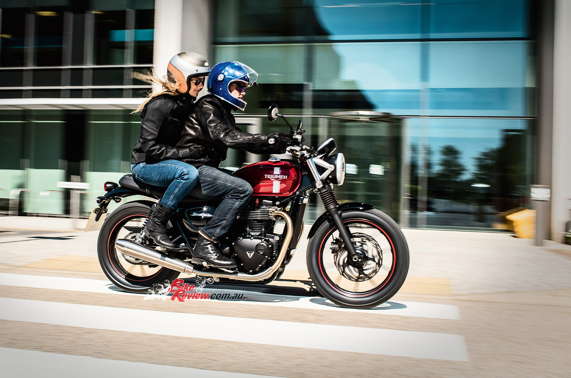 Triumphs New Thruxton R To Preview At Island Classic likewise Kawasaki Klr650 Scrambler furthermore All New Triumph Thruxton R Launched At Rs 10 9 Lakh as well Versys 650 M555 as well 2016. on triumph bonneville engine
