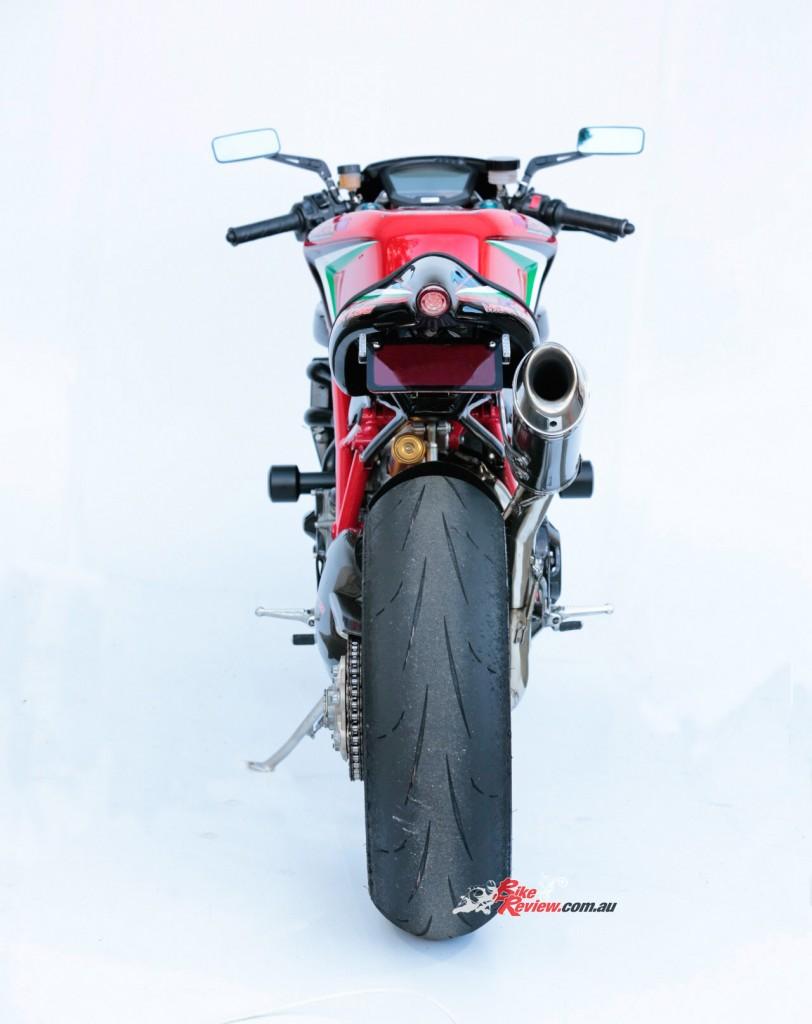 MC-RR-1098-Ducati-Custom-BikeReview-(11)