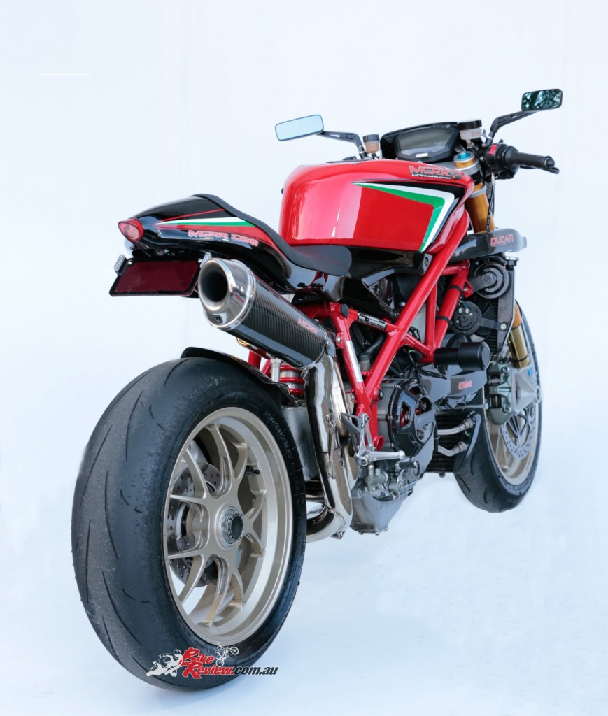 MC-RR-1098-Ducati-Custom-BikeReview-(14)