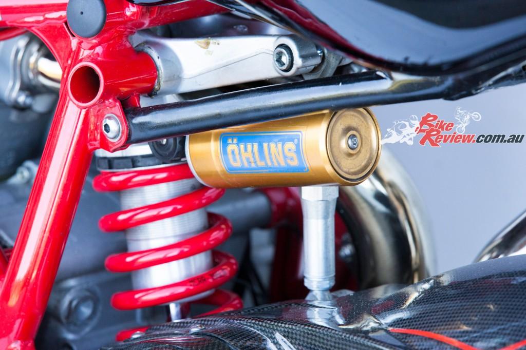 MC-RR-1098-Ducati-Custom-BikeReview-(29)
