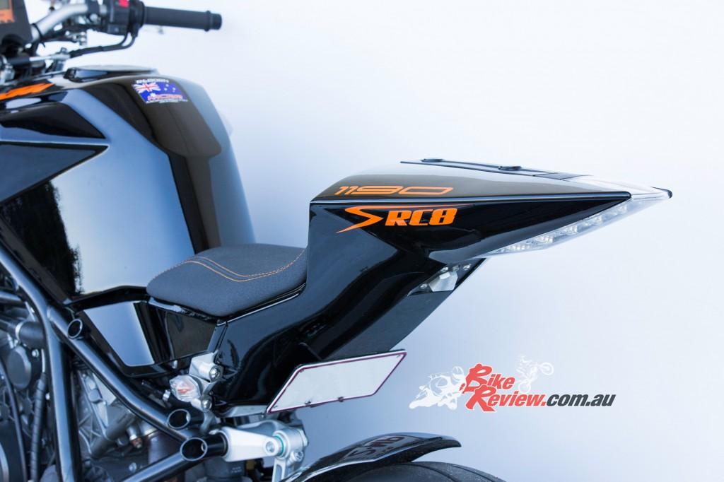 MC-RR-1098-Ducati-Custom-BikeReview-(32)