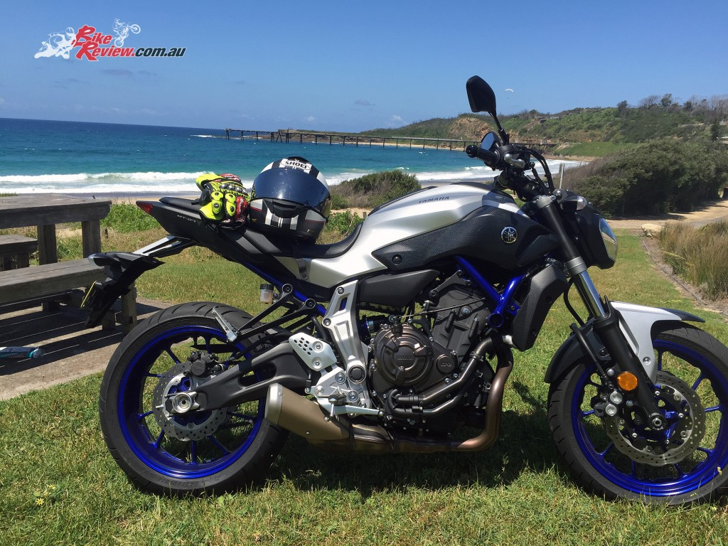Bike-Review-2015-Yamaha MT-07 HO-(6)