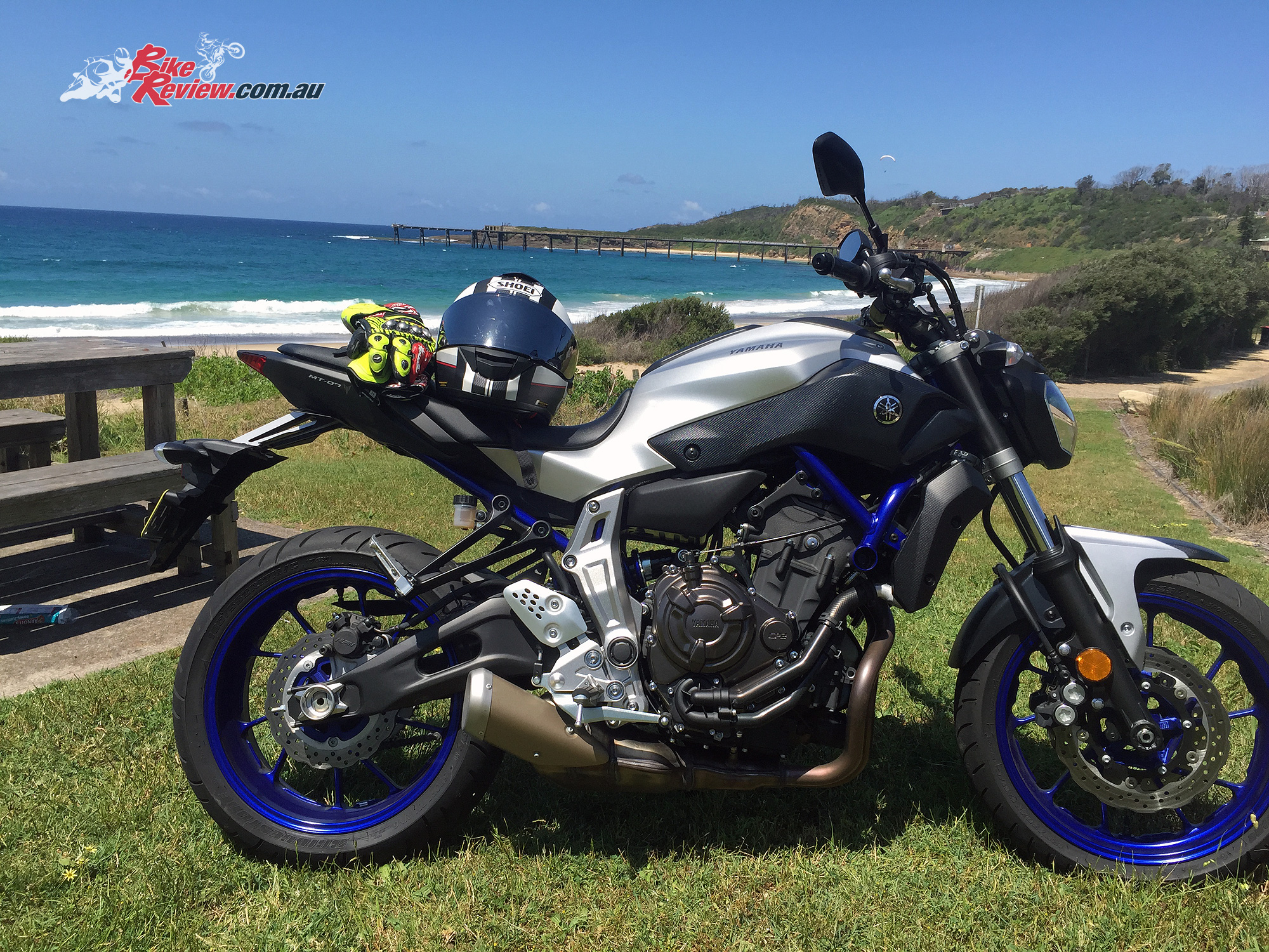 review 2016 yamaha mt 07 ho bike review. Black Bedroom Furniture Sets. Home Design Ideas