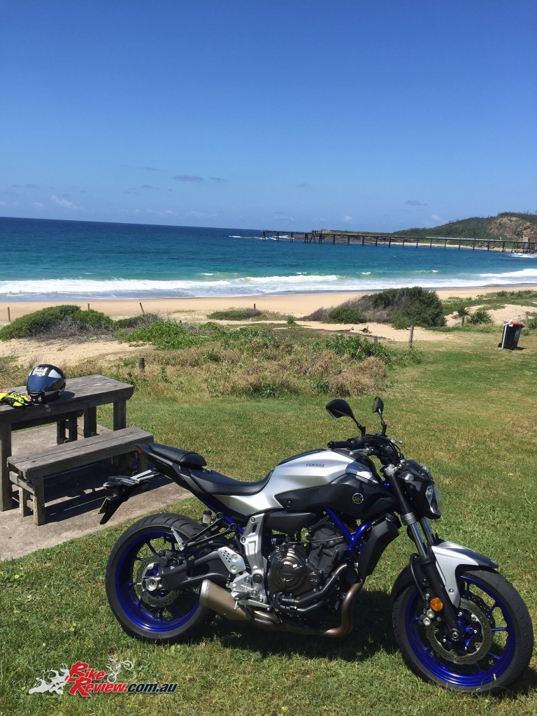 Bike-Review-2015-Yamaha MT-07 HO-(7)