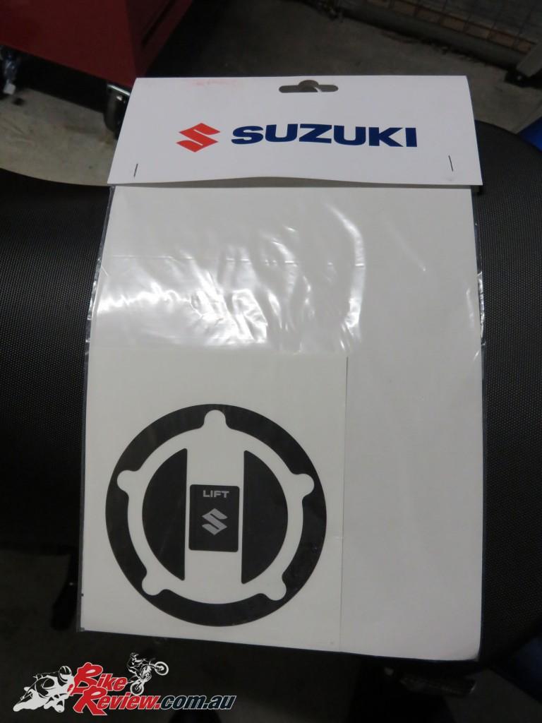 Bike Review GSX-S1000 Suzuki Stickers Decals (16)