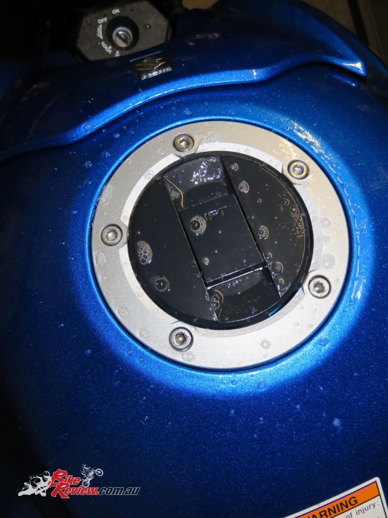 Bike Review GSX-S1000 Suzuki Stickers Decals (18)