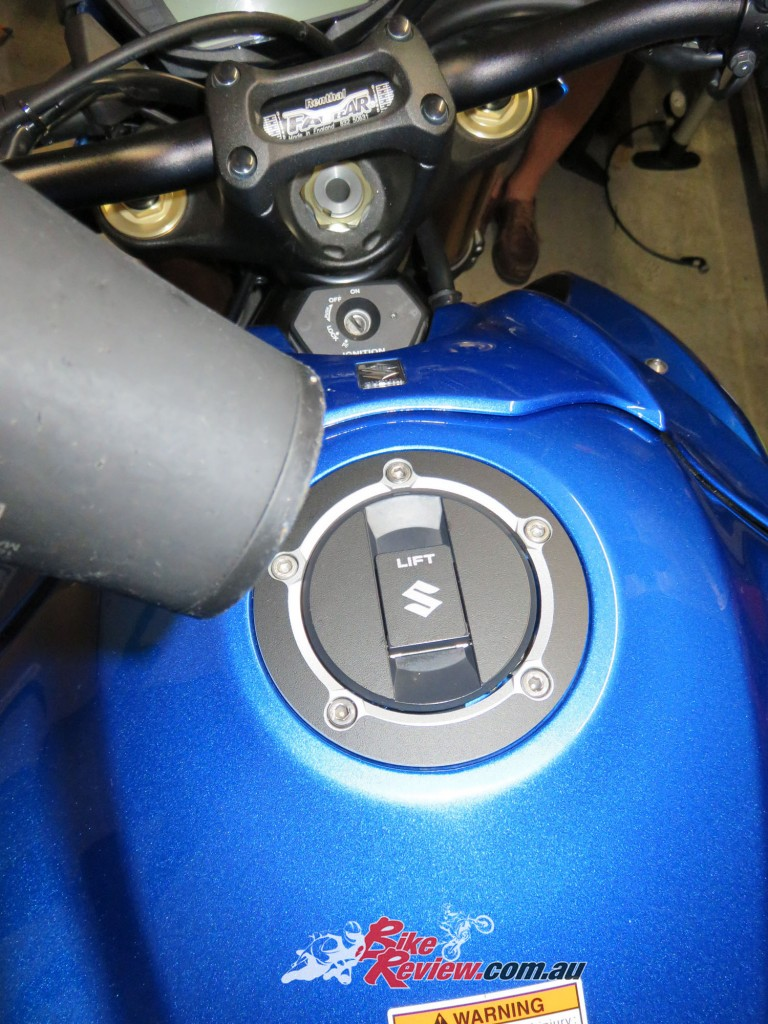Bike Review GSX-S1000 Suzuki Stickers Decals (19)