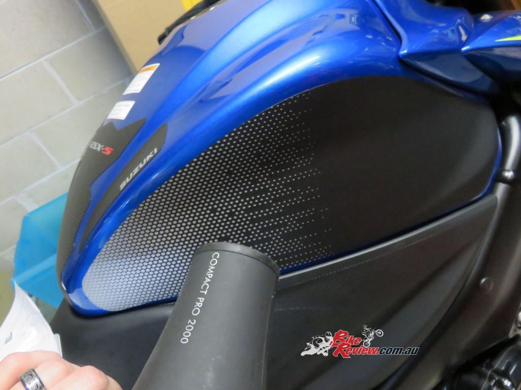 Bike Review GSX-S1000 Suzuki Stickers Decals (29)