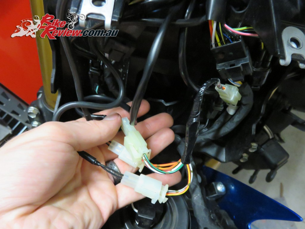 Bike Review Suzuki GSX-S1000 Heated Grips Install (23) copy