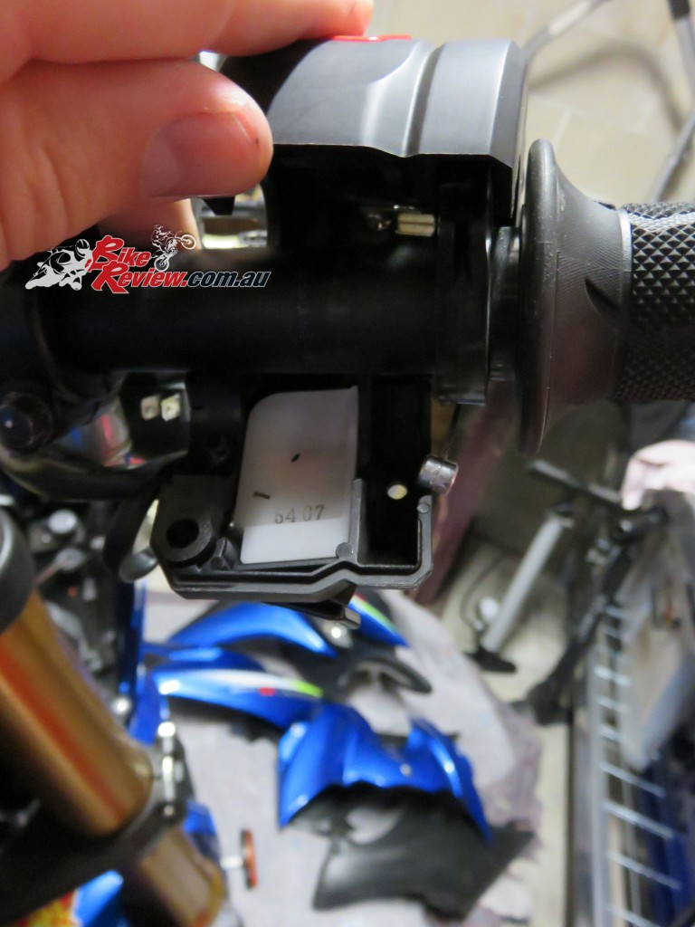 Bike Review Suzuki GSX-S1000 Heated Grips Install (3) copy