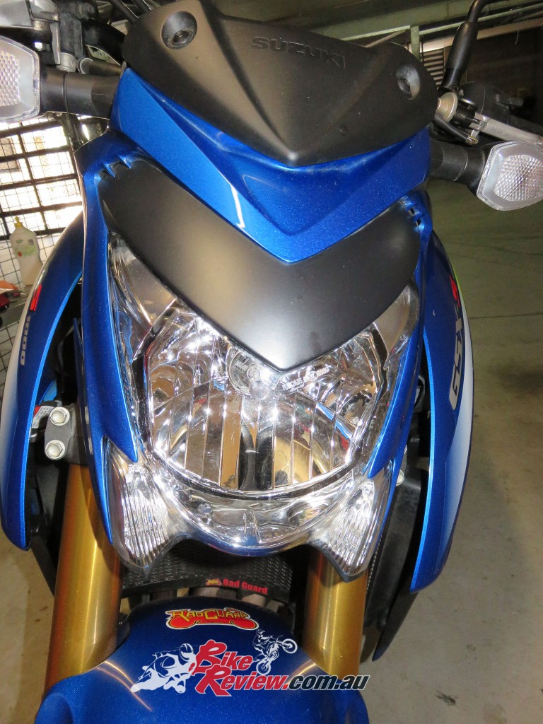 Bike Review Suzuki GSX-S1000 Screen Install (1)