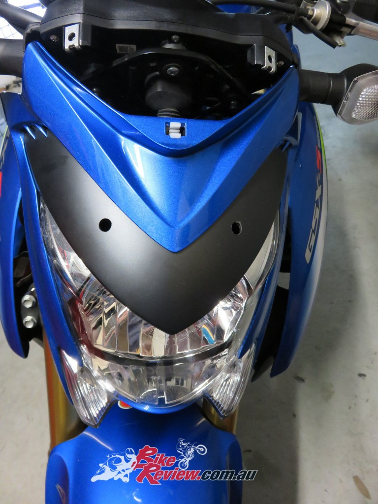 Bike Review Suzuki GSX-S1000 Screen Install (16)