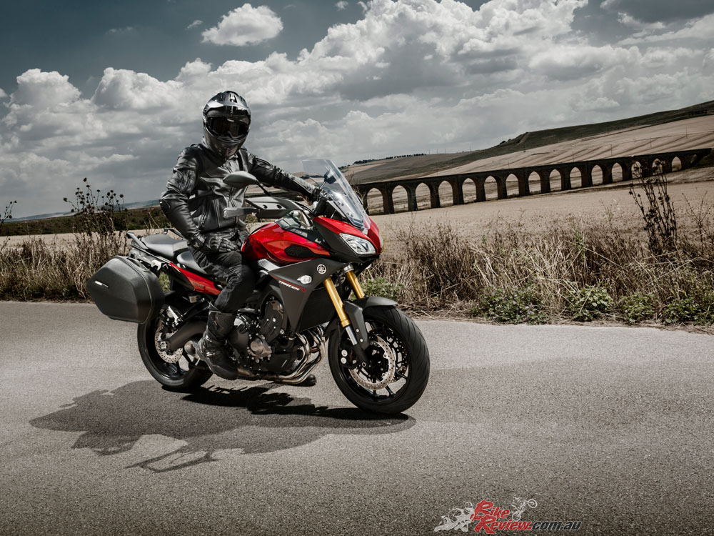 Bike Review Yamaha Tracer20141103_0357 copy