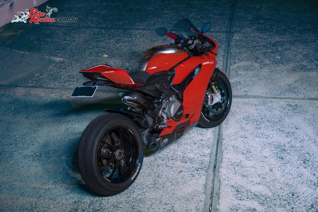 Custom-899-Panigale-BikeReview-(1112)