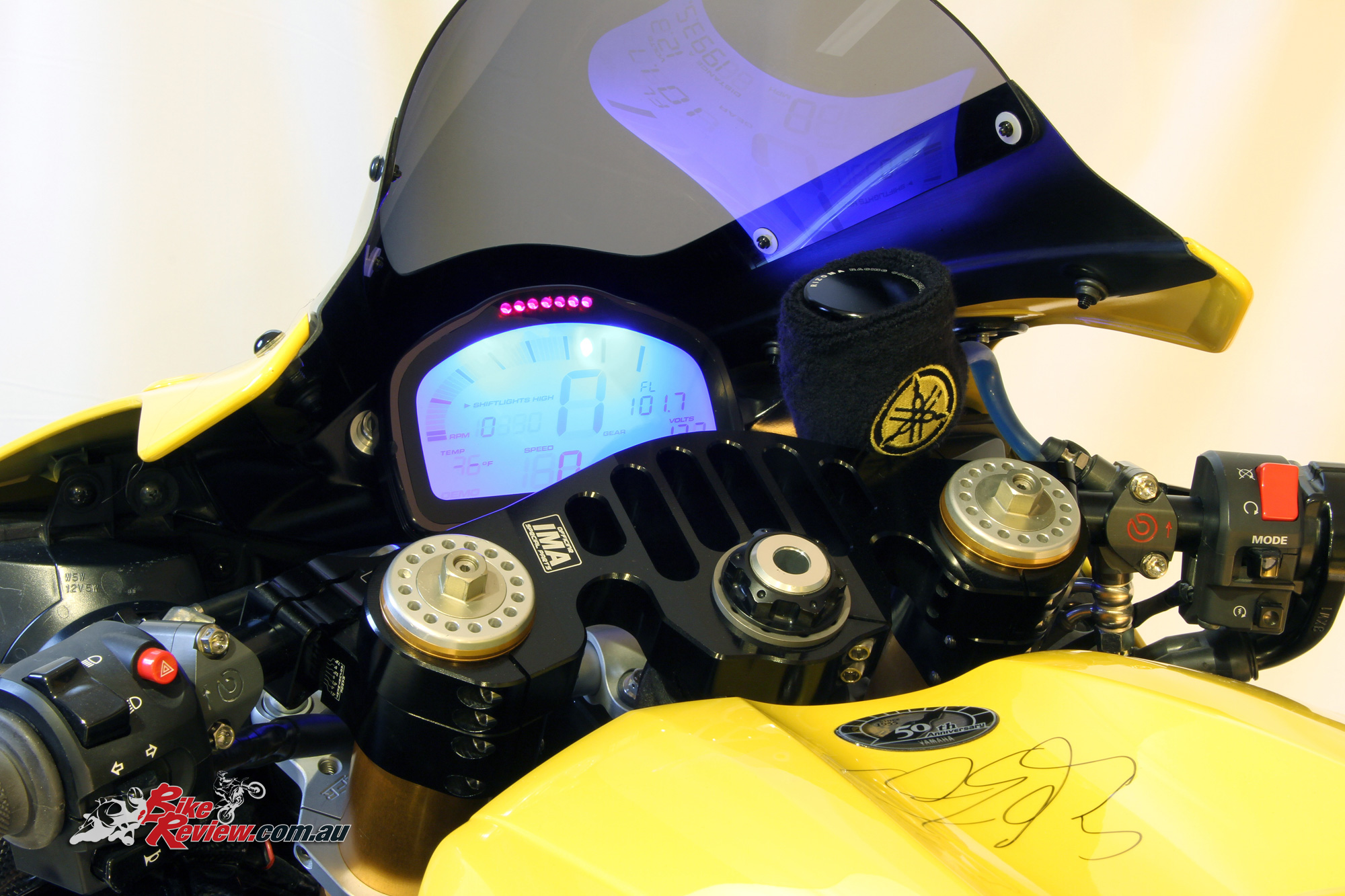 Custom Kenny Roberts Rep Custom Yzf R1 Bike Review