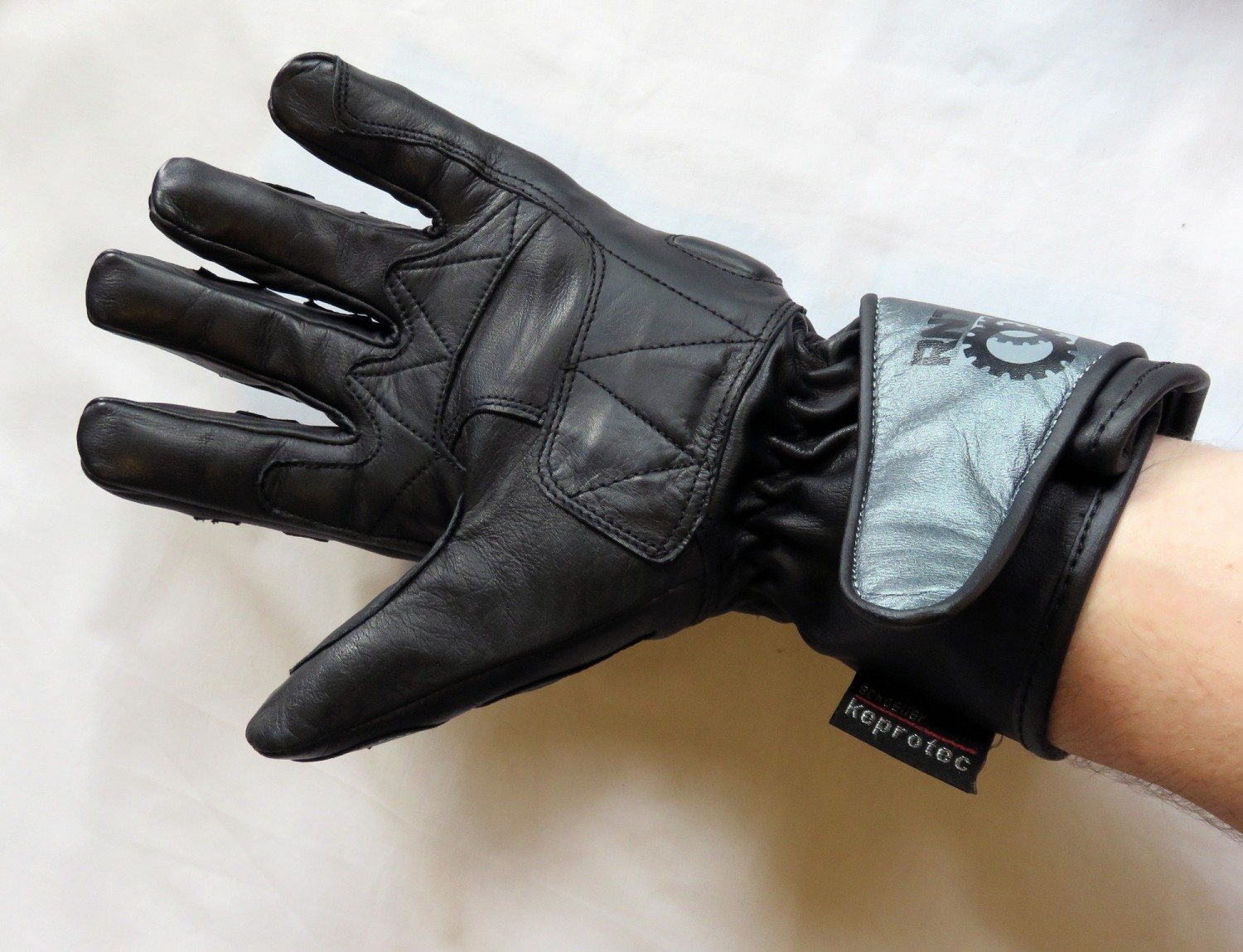 Motorcycle gloves review 2016 - Feb 2016