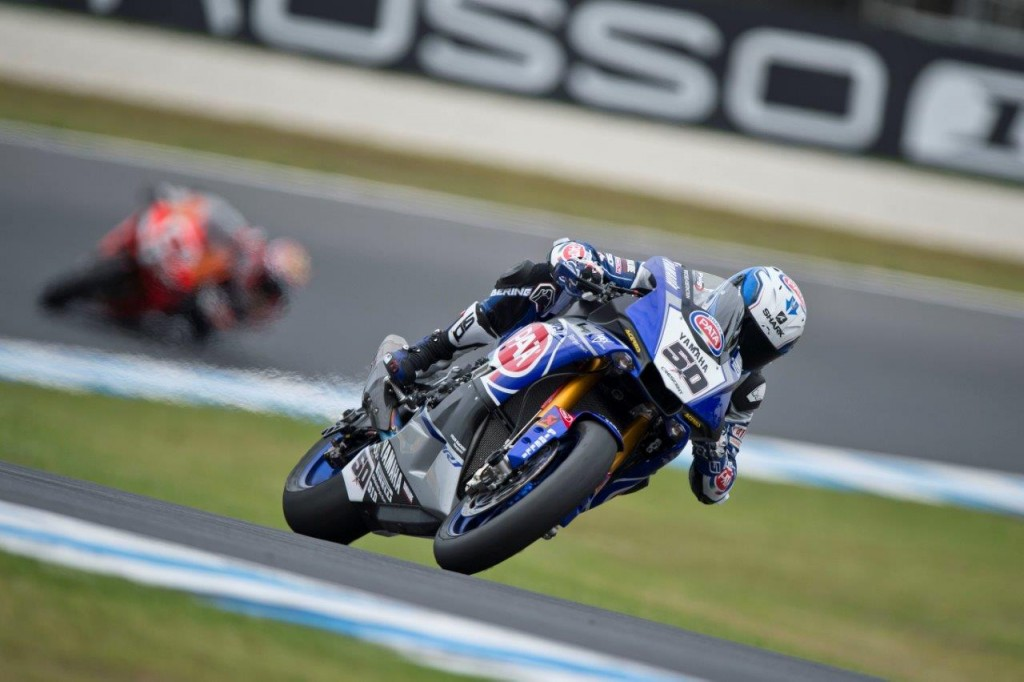 Test_Phillip Island_Guintoli_Rubber Talk - Pirelli in WSBK