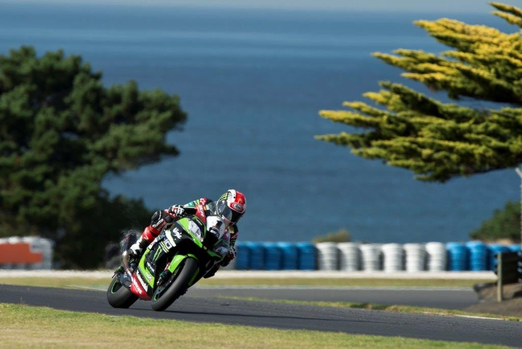 Test_Phillip Island_Rea_Rubber Talk - Pirelli in WSBK