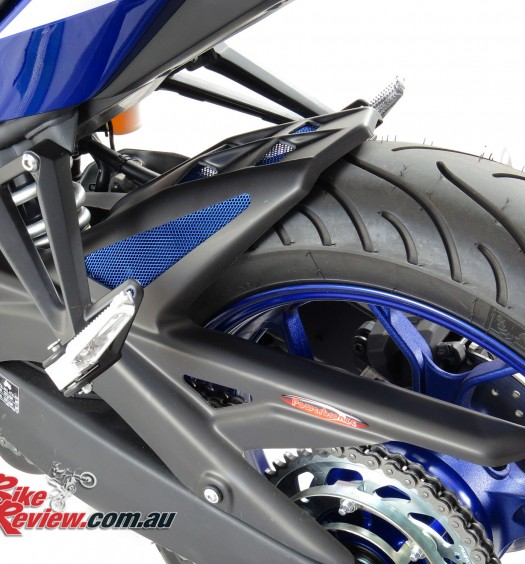 Bike Review Powerbronze YZF-R1 R1 hugger chain guard