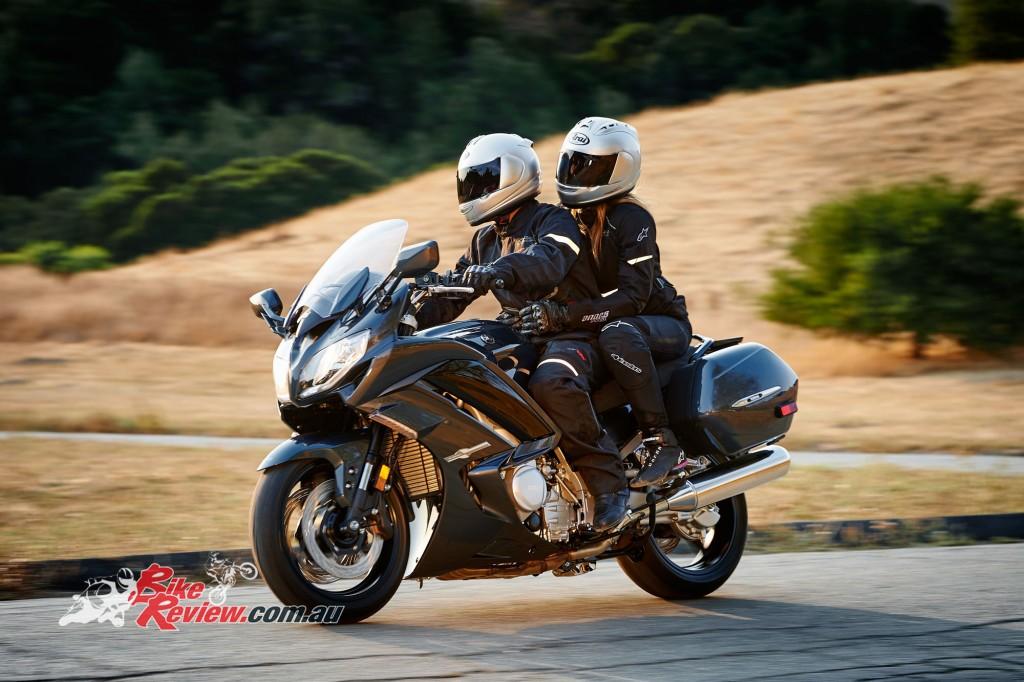 Bike Review Yamaha FJR1300 (14) copy
