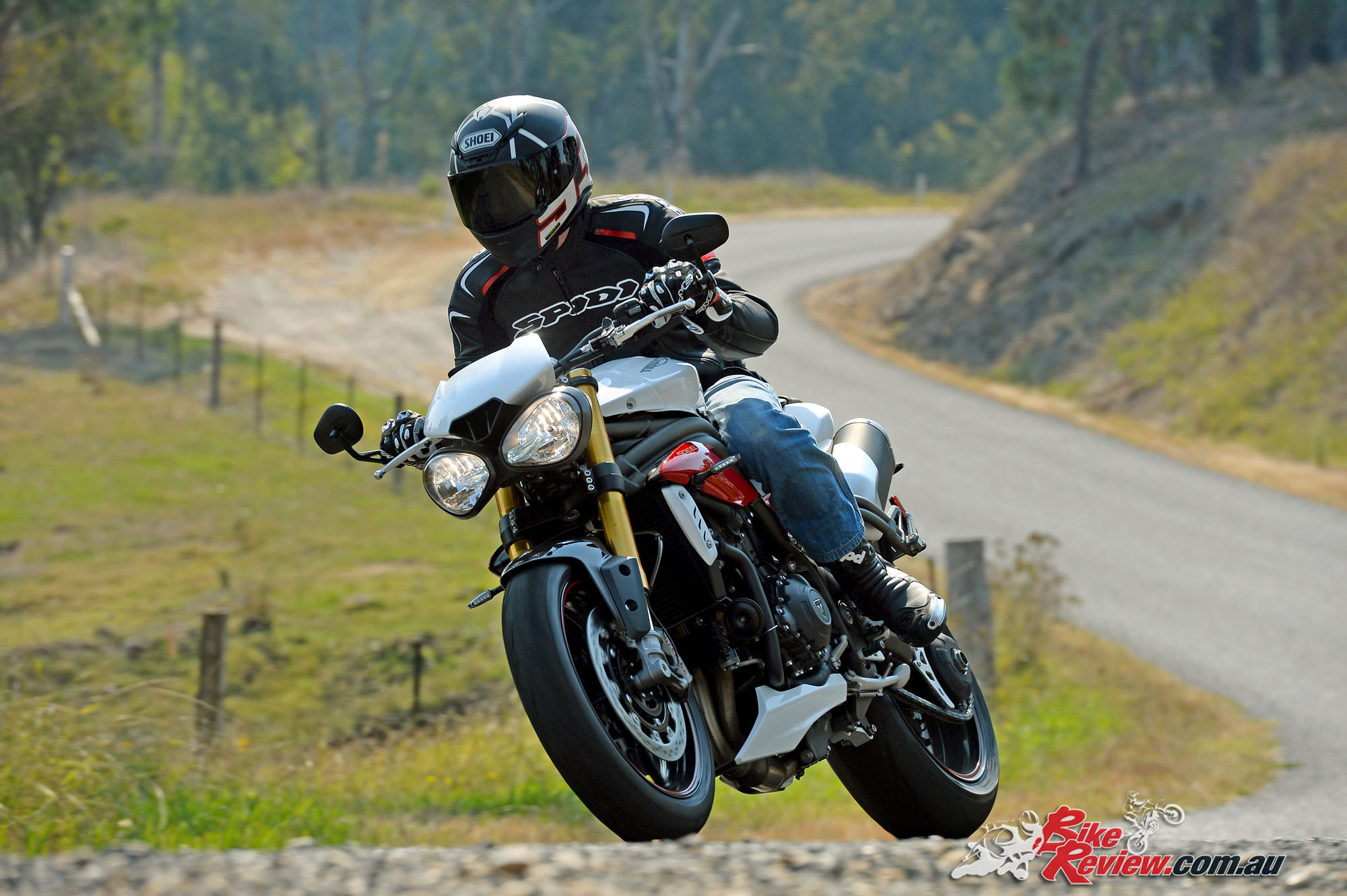 Review 2016 Triumph Speed Triple Launch Bike Review