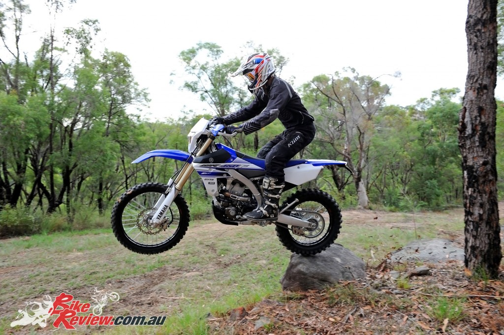 Bike Review 2016 Yamaha WR450F Actions (4)
