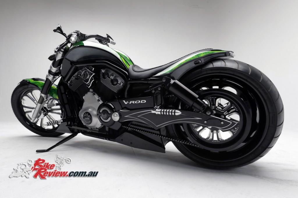 Bike Review PCC Custom HD V-Rod Neon Black (3)